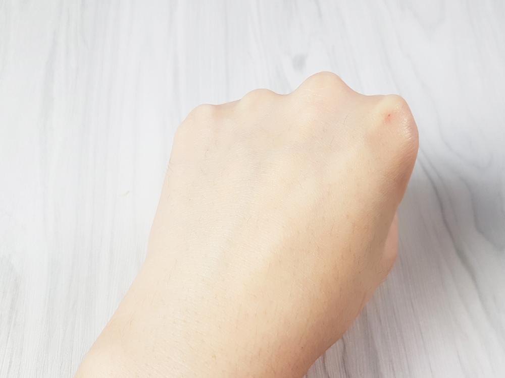 innisfree2017純淨綠茶保濕護手霜6.jpg