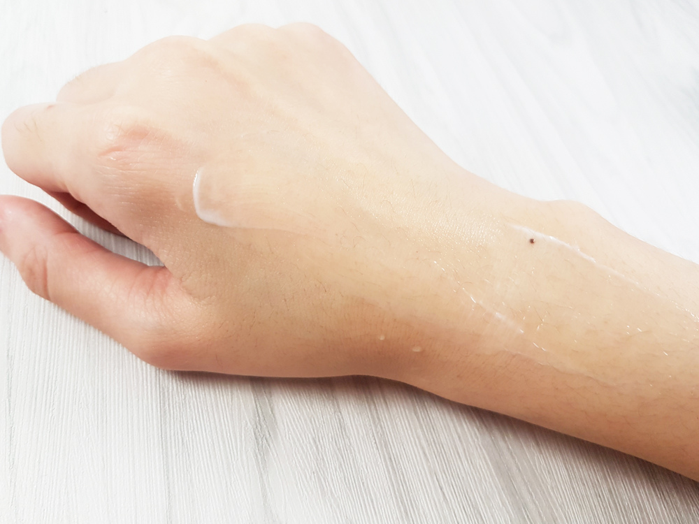 開架身體乳液推薦評測-Vaseline凡士林-深層修護潤膚露4.jpg