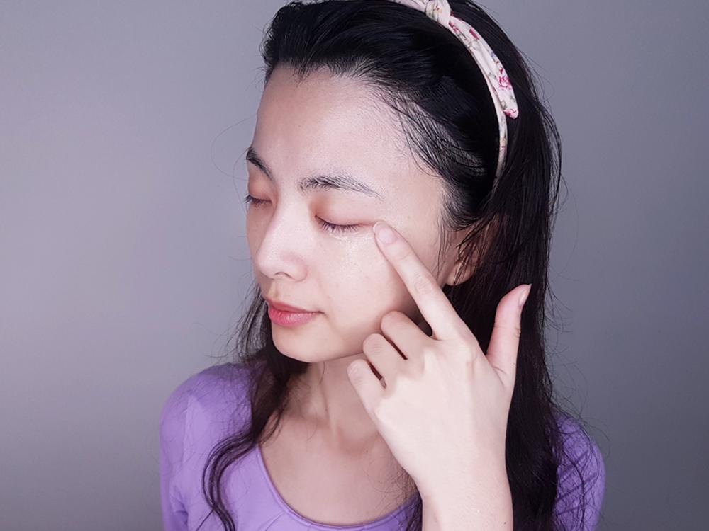 innisfree濟州寒蘭複合滋養霜小紫盒-濟州寒蘭眼霜4.jpg