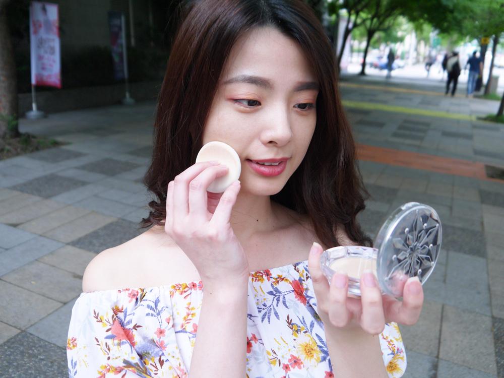 KOSE高絲-雪肌精CC絲絨雪粉餅評價-推薦56.jpg