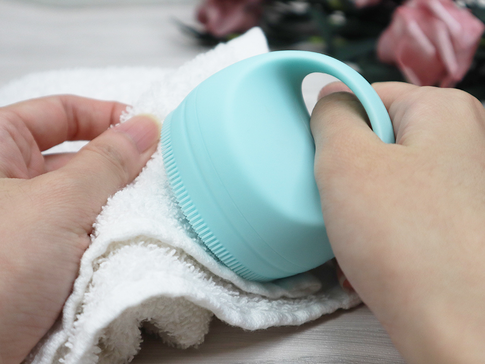 Beeding-PoProro-洗臉機--推薦-開箱-溫感臉部清潔機73.jpg