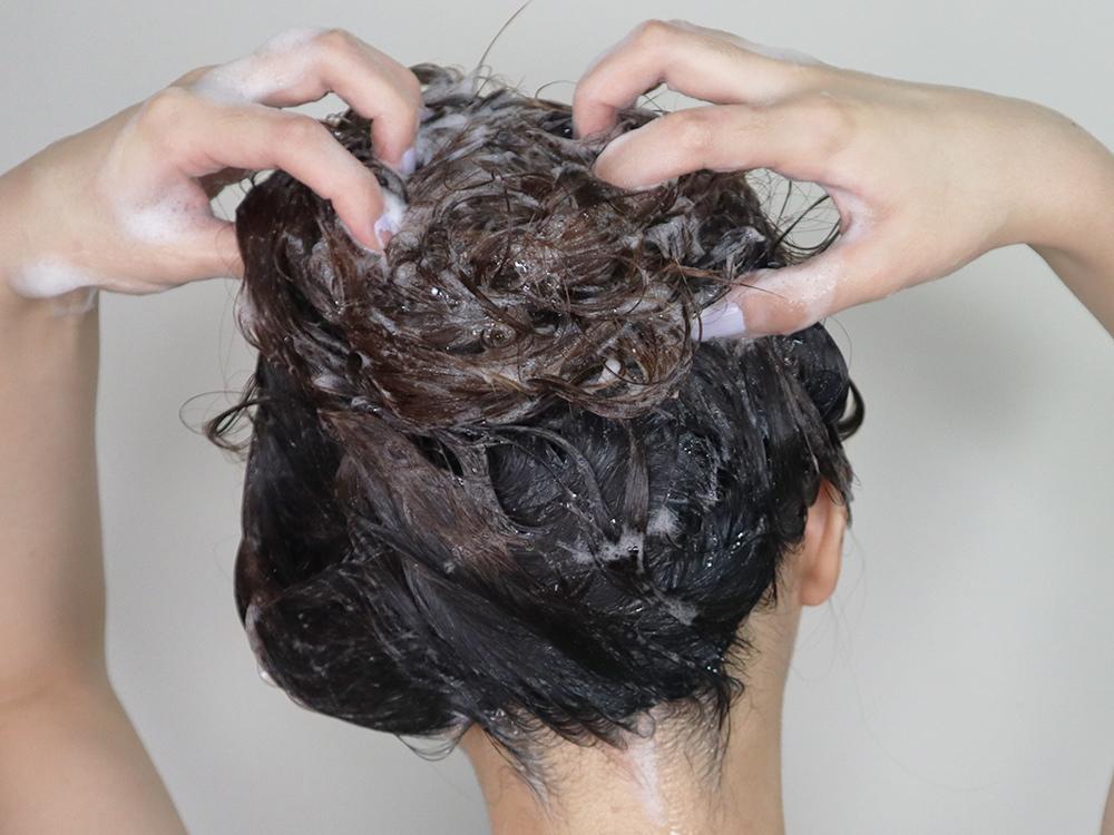 deBalets小巴黎控油香水洗髮精推薦-英國梨與小蒼蘭26.jpg