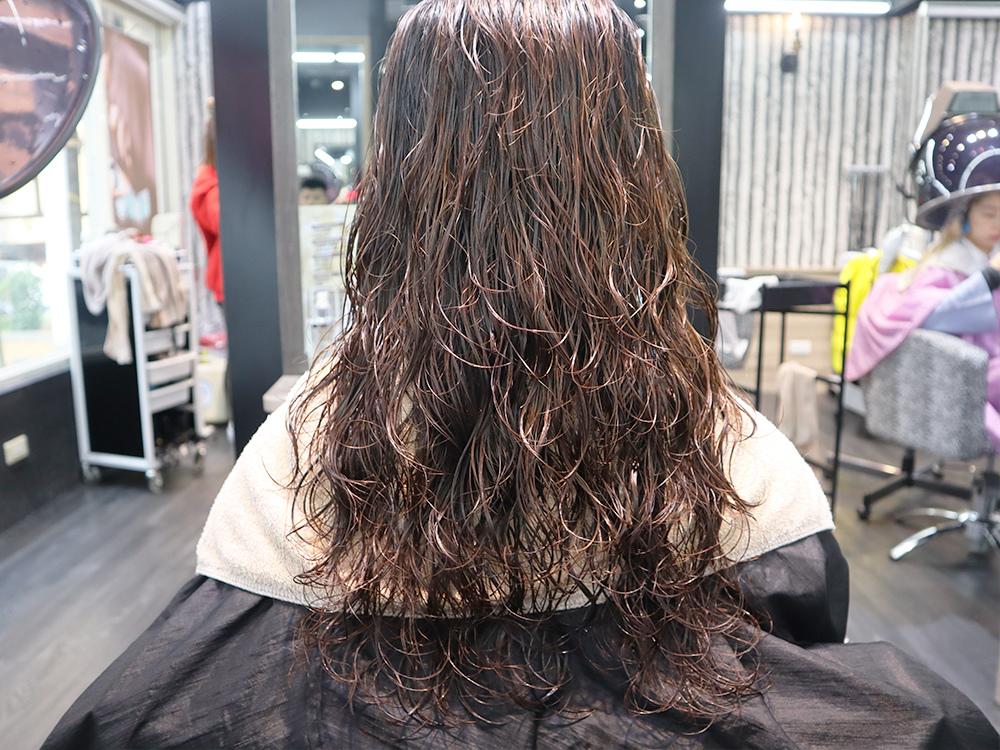 台北車站-台北捷運美髮-燙髮-剪髮-染髮-推薦-許昌街-馬克設計師-a-hair-salon44.jpg