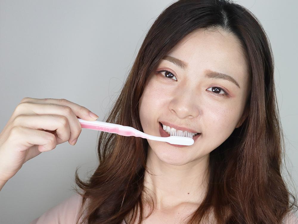 特亮氏-亮白美齒凝露-牙齒美白刷牙-居家美白牙齒14.jpg