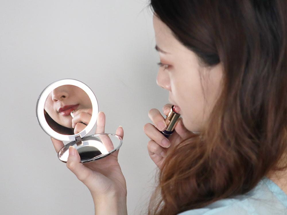 Midea美的口袋化妝鏡-隨身鏡-放大鏡子-補光燈鏡-美妝鏡推薦評價46.jpg