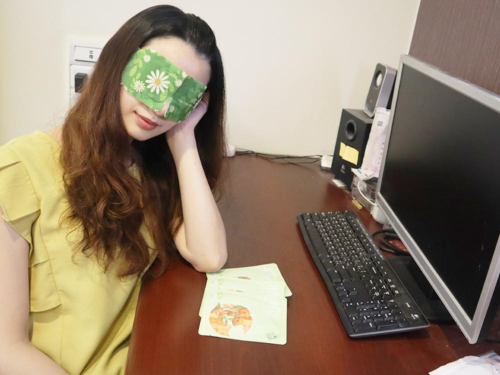 41度C-葉黃素蒸氣眼罩-升級版石墨烯-舒緩眼睛-無香熱敷眼睛推薦-評價10.jpg