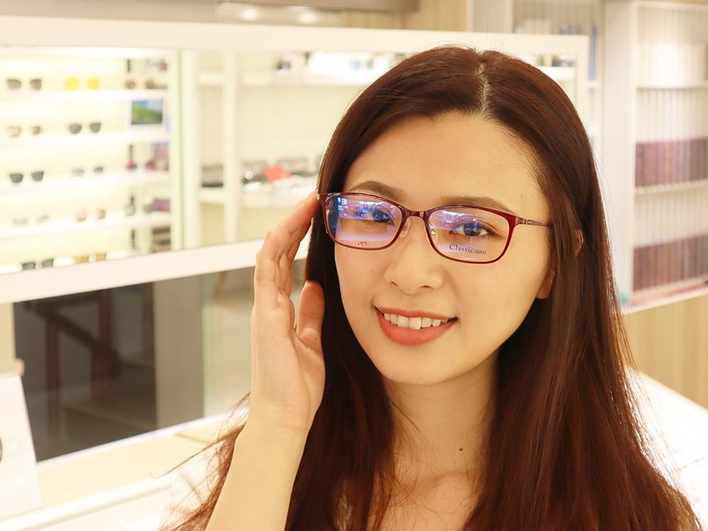 FitGlasses-視鏡空間-內湖眼鏡行推薦-湖光市場-捷運內湖站配眼鏡32.jpg