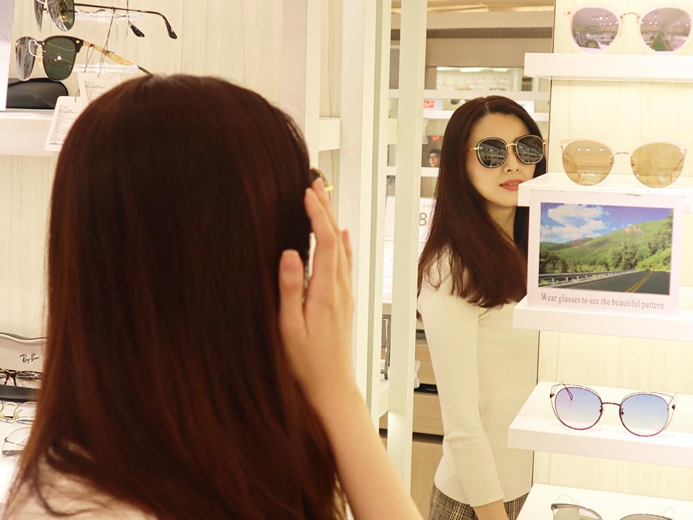 FitGlasses-視鏡空間-內湖眼鏡行推薦-湖光市場-捷運內湖站配眼鏡28.jpg