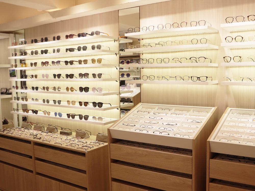 FitGlasses-視鏡空間-內湖眼鏡行推薦-湖光市場-捷運內湖站配眼鏡6.jpg