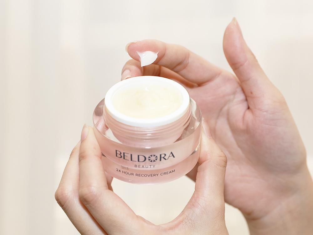 BELDORA蓓朵娜-全時保濕修護凝霜-瀑布霜-女人我最大推薦保濕乳霜-MIT保養品5.jpg
