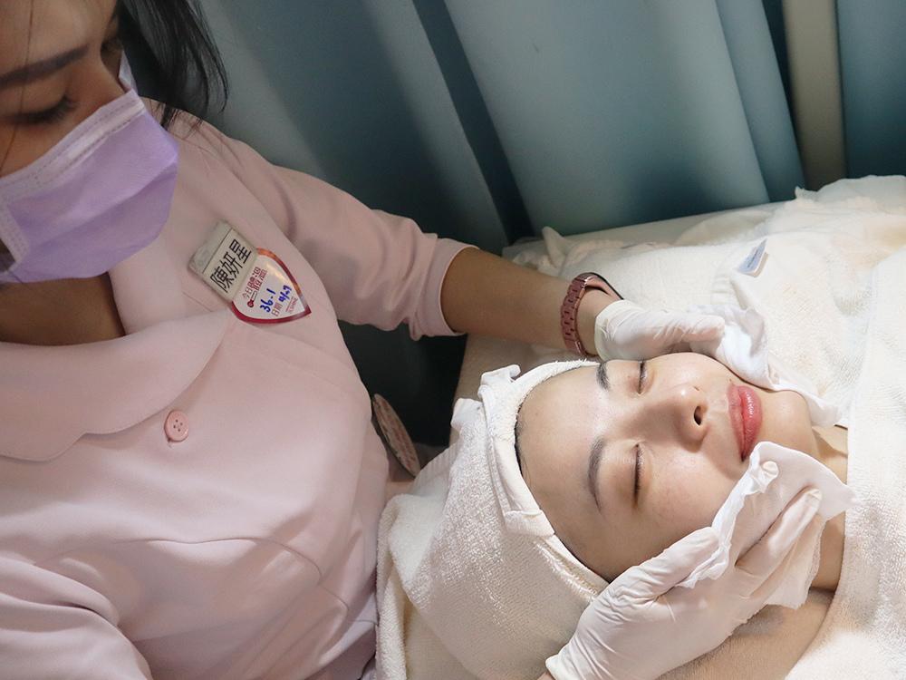 南西光澤診所-雞尾酒雷射是什麼-複合式雷射-皮秒雷射-飛梭-除斑-美白-除毛14.jpg