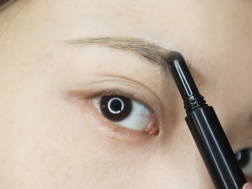 UNICAT變臉貓超完美塑型3效眉筆-眉筆、眉粉、眉刷三合一6.jpg