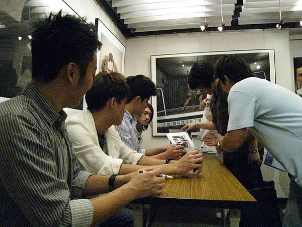 簽書會@晶晶書庫