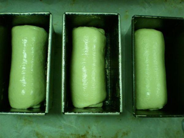 我做的圓頂奶油土司入模狀態.jpg