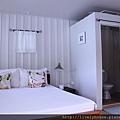 房間簡單乾淨.JPG