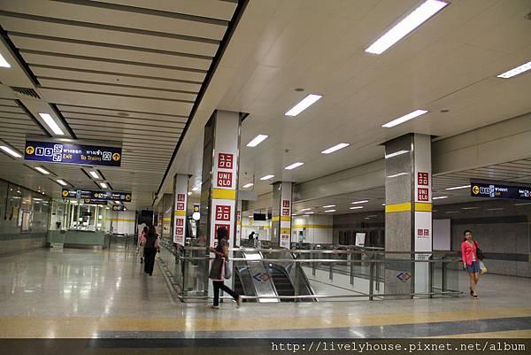 union mall離樂活民宿很近只要一站.JPG