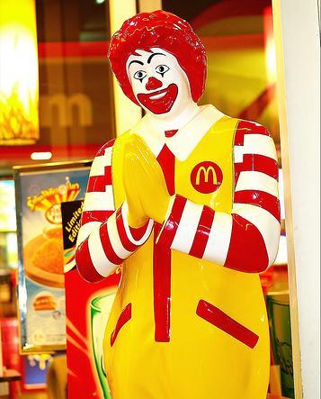 泰國麥當勞叔叔.jpg