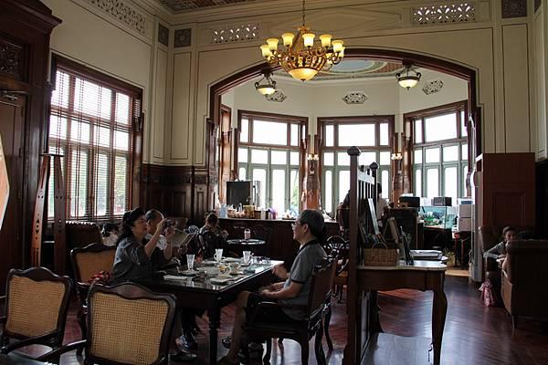 咖啡廳內部.JPG
