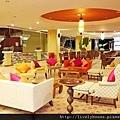 Bella Villa Lobby_resize.JPG