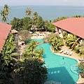 我很喜歡旅館的游泳池.JPG