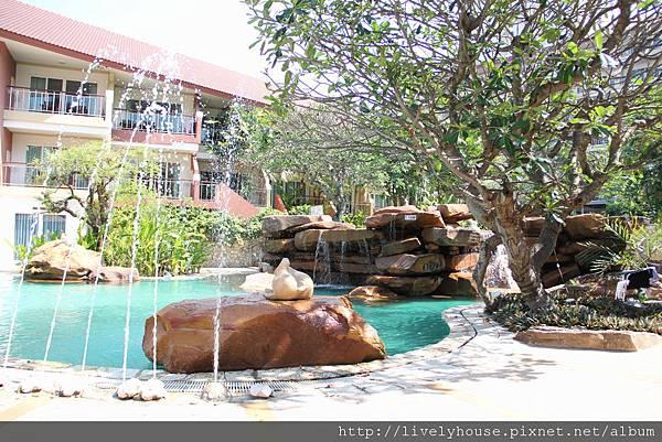 旅館游泳池.JPG
