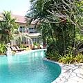 游泳池房型.JPG