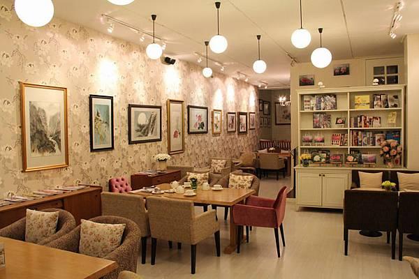 整間茶店很有英式風格.JPG