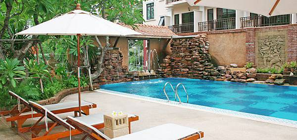 BVP swimming pool.jpg