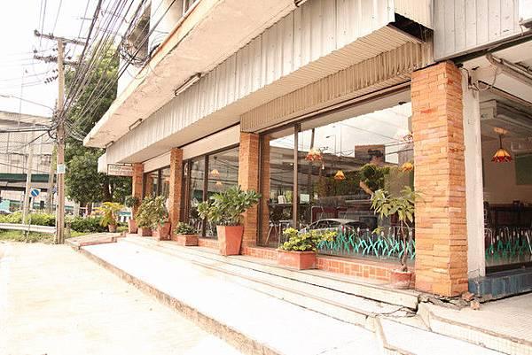 越南餐廳門口.jpg