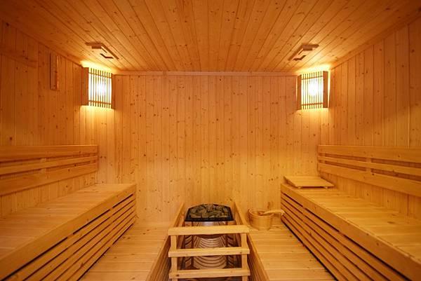 BE-Sauna.jpg