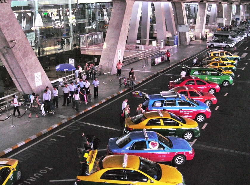 Main_Taxicab_stand_of_Suvarnabhumi_Airport
