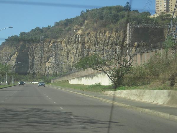 路過的山,超壯觀的…