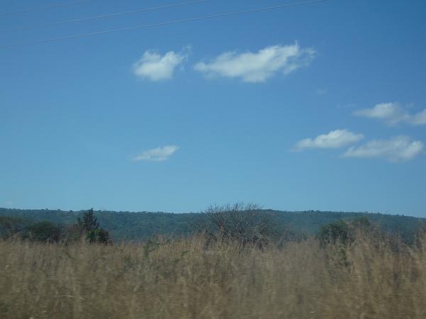 漂了幾朵小雲