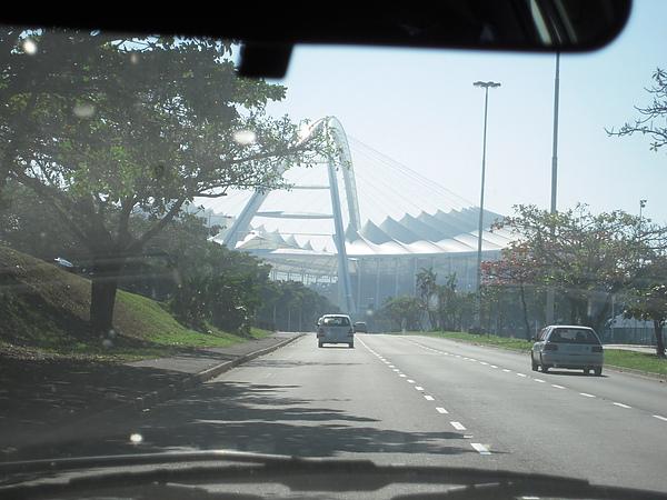 回家的路上會經過世界杯主場之一