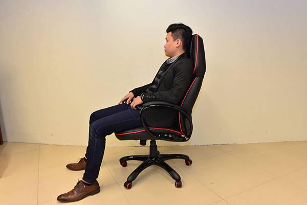 居家市集Living-Hub~CORSANO-特爾尼頂級坐駕電腦椅 (5).JPG