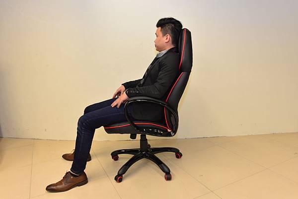 居家市集Living-Hub~CORSANO-特爾尼頂級坐駕電腦椅 (6).JPG
