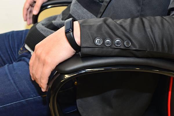 居家市集Living-Hub~CORSANO-特爾尼頂級坐駕電腦椅 (7).JPG