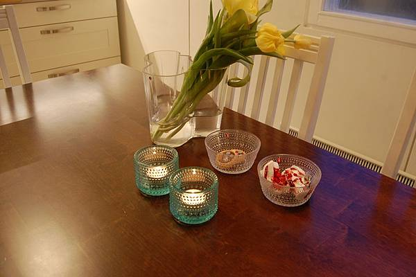 Alvar Aalto 湖泊花瓶+ Kastehelmi 露珠系列 燭台和玻璃餐具