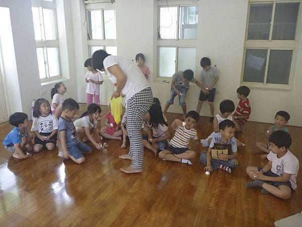5月26號這堂課,小寶貝們要做Angry Bird的磁鐵