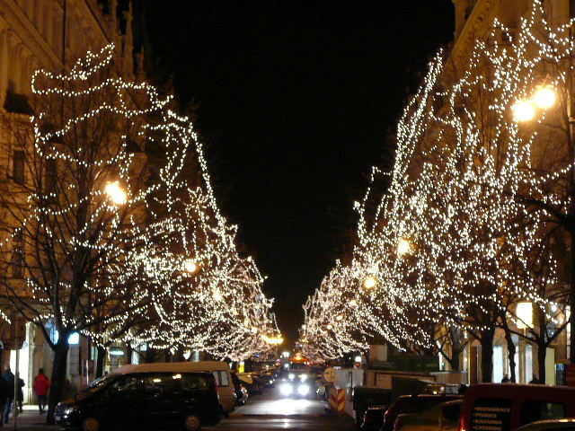 街道夜景.jpg