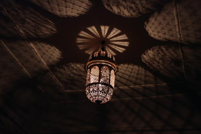 44鏤空的宮燈.jpg