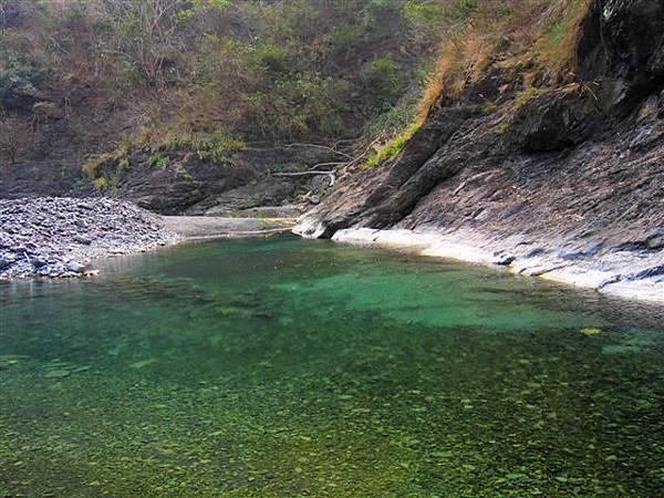 天然的泳池