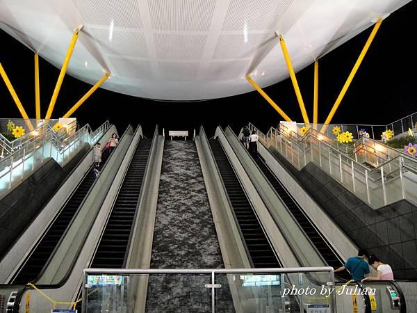 1中央公園捷運站 (11)
