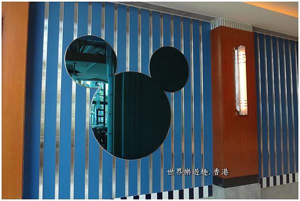 2迪士尼好萊塢餐廳花園b0001.jpg