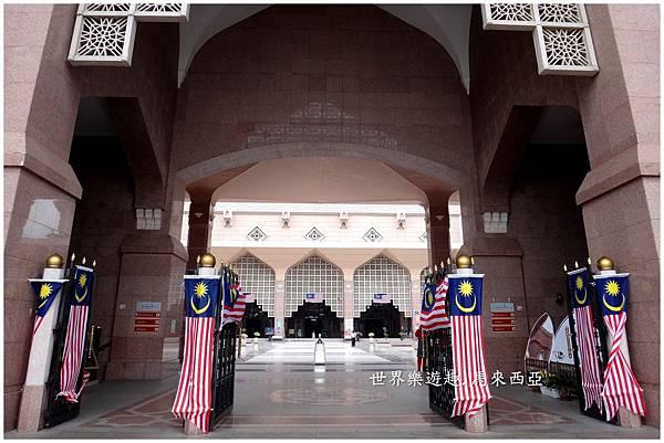 14粉紅清真寺20018.jpg
