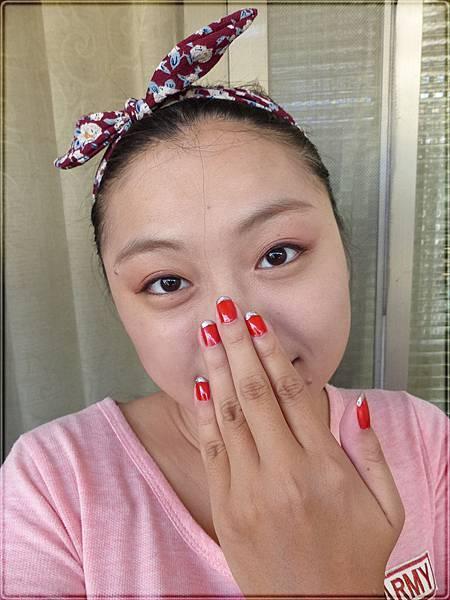 Nail polish_UNT (19).JPG