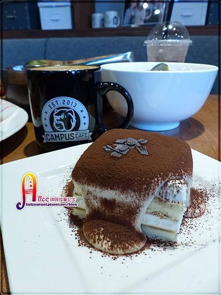 Campus Cafe (24).JPG