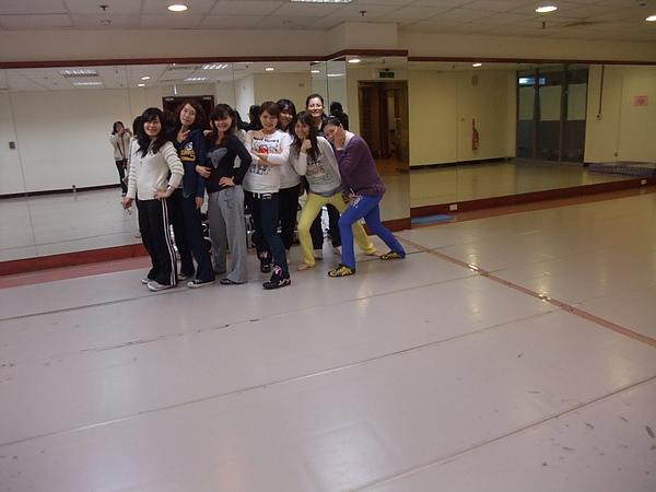 跳舞 第一堂課