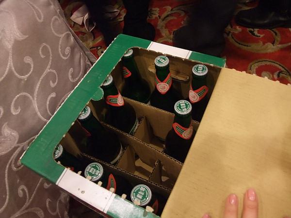 飯店招待酒鬼*2