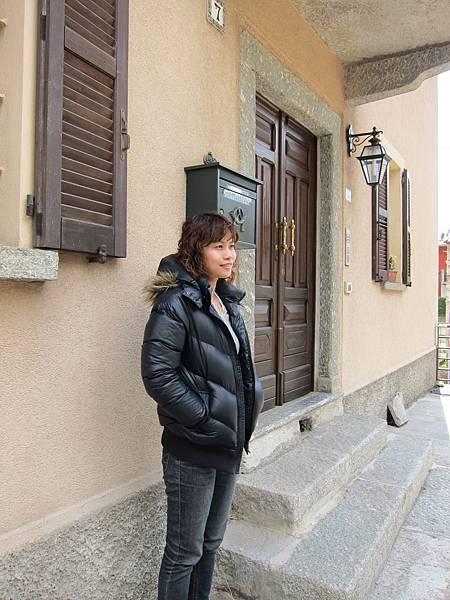 V義大利境內 郵政公車中途休息
